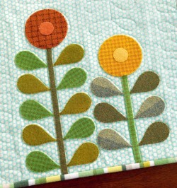 Mod Flowers Table Runner from The Quilter's Appliqué Workshop