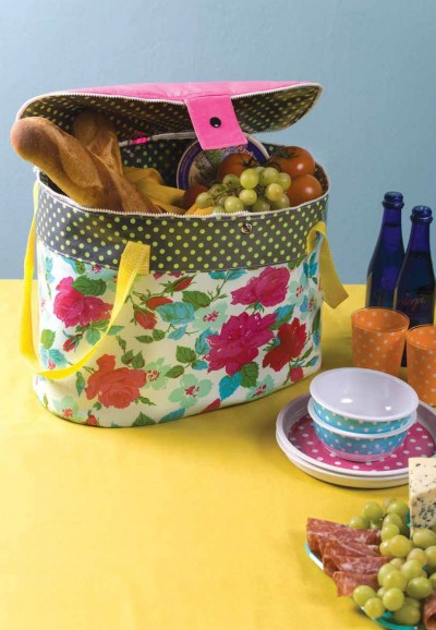 Laminated Cotton Picnic Bag